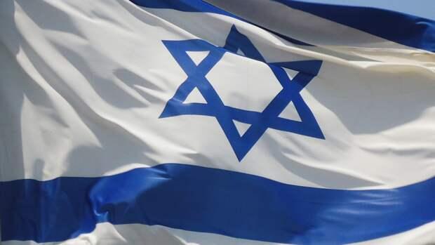 Медики эвакуировали более 160 человек из синагоги в Гиват-Зеэве