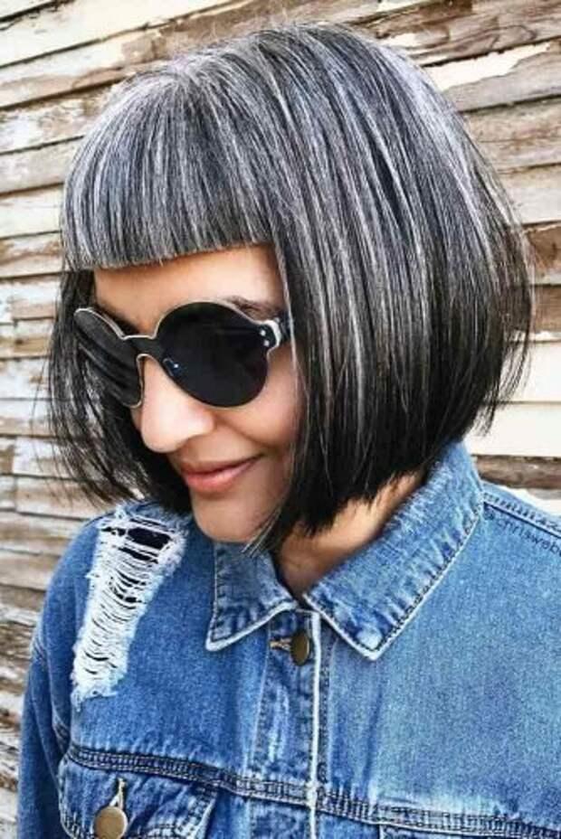 18 элегантных причесок на короткие волосы, которые идеально подойдут дамам после 50 лет