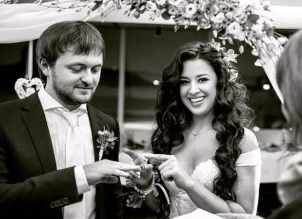 Дзидзьо и его теперь уже бывшая жена