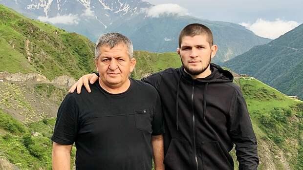Отец Хабиба Нурмагомедова попал вбольницу