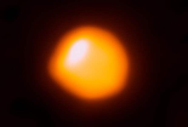 Детальное изображение нижней хромосферы Бетельгейзе