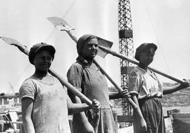 Советский гражданин был обязан трудиться на благо государства / Фото: news.21.by