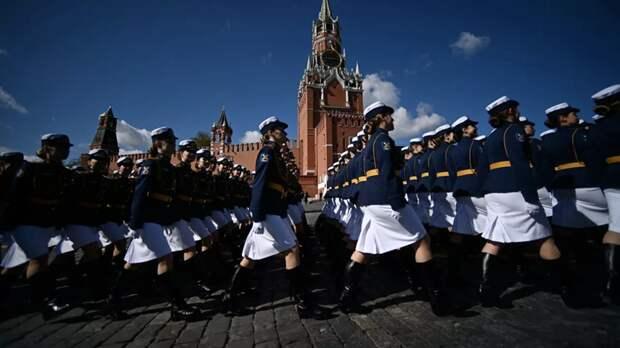 Исполняющая обязанности зампосла Британии посетит парад 9 мая в Москве
