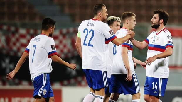 Сборная России победила впервые с сентября, но промучилась тайм с Мальтой