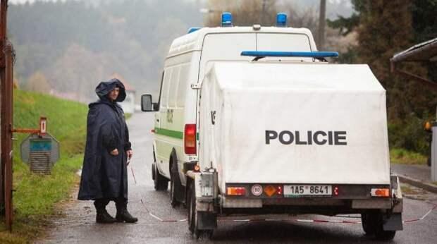 В Чехии указали на подозреваемых в краже оружия со складов во Врбетице после взрывов