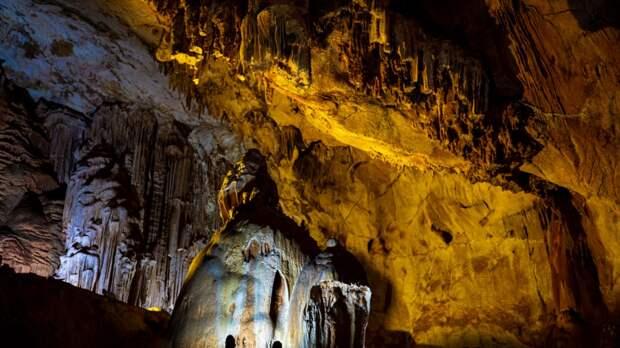 Крымские пещеры попали в список лучших мест для спелеотуризма