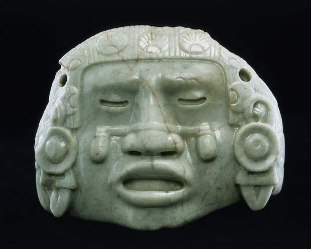 Голова Койольшауки, ставшая луной.