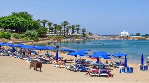 Кипр отказался перевести Россию из «красной» категории в «оранжевую». Как это скажется на туристах?