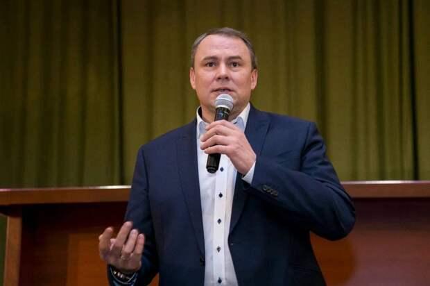 Политолог поддержал идею Толстого увеличить число бюджетных мест в вузах