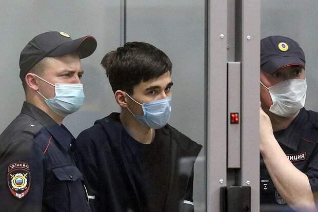 Контроль соцсетей и работа со школьниками:  какие уроки нужно извлечь после трагедии в Казани
