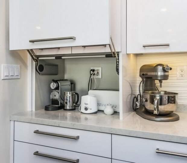 30+ практичных идей, как лучше хранить мелкую бытовую технику на кухне