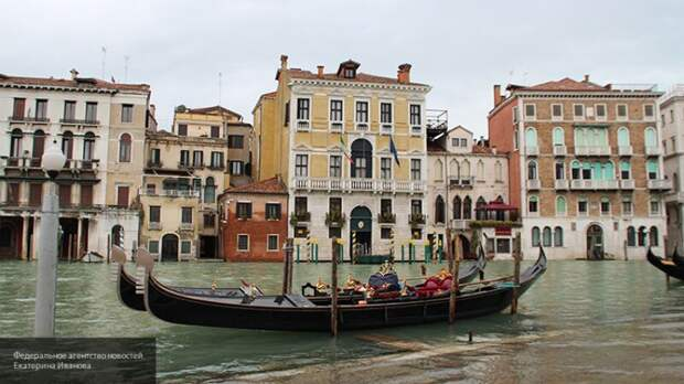 Вирусолог оценил вероятность открытия Италии для туристов из России