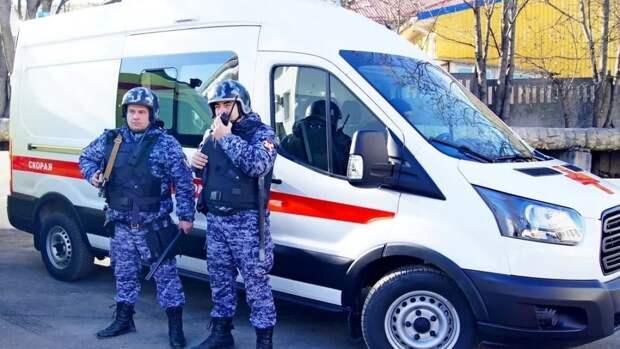 Экстренные службы сообщили о девяти погибших после стрельбы в Казани