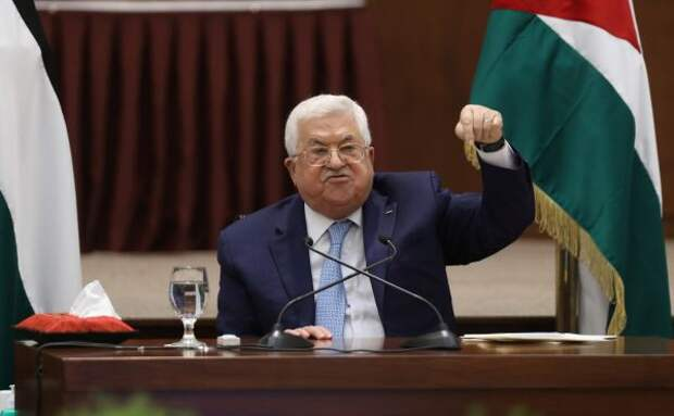 СМИ: Аббас призвал союзников собраться наэкстренную встречу