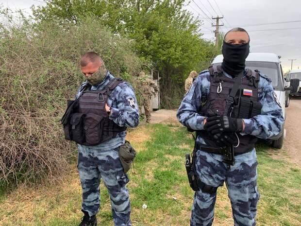 Террорист в Симферополе открыл стрельбу по ФСБ и был уничтожен