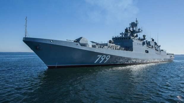 Корабли ВМФ РФ провели артиллерийские учения в Черном море