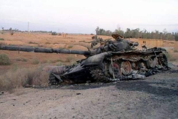 Азербайджан опроверг информацию о потере трех танков ВС страны