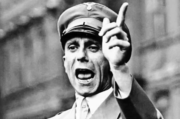 Брошюра «Недочеловек»: почему немцам запретили распространять её на территории СССР