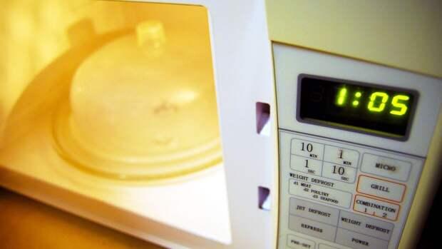 Специалисты Роскачества рассказали об отсутствии вреда от микроволновок