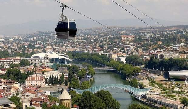 В Совфеде готовы рассмотреть возможность возобновления полетов в Грузию