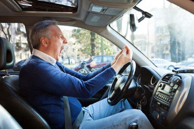 Пять проблем, с которыми сталкиваются водители двух столиц