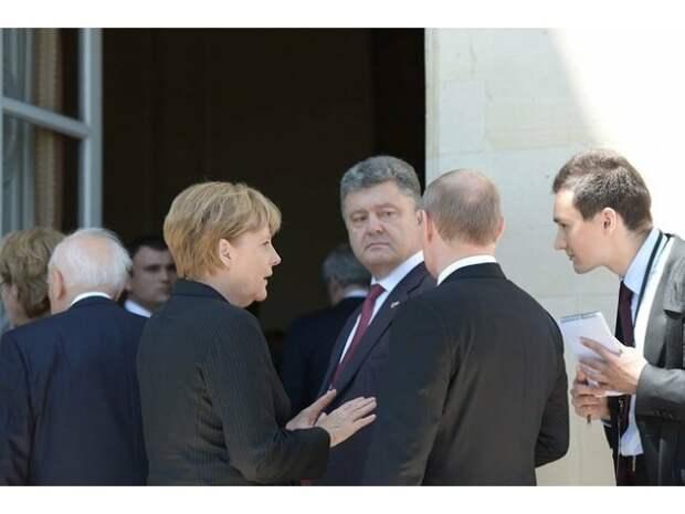Новый украинский «залп Деркача»: «подарки», «сигналы» и война, которой нет