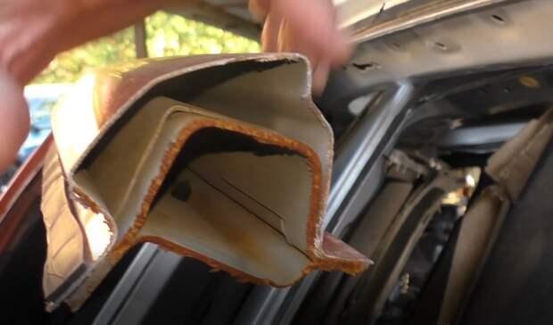 срез передней стойки кузова Lada Vesta