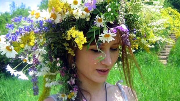 Скоро праздник! Святая Троица 20 июня 2021 года: от древних традиций к современным молодежным обычаям