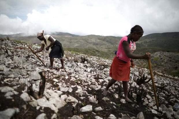 19 снимков забытой всеми и отрезанной от мира деревни на Гаити, где нет даже света
