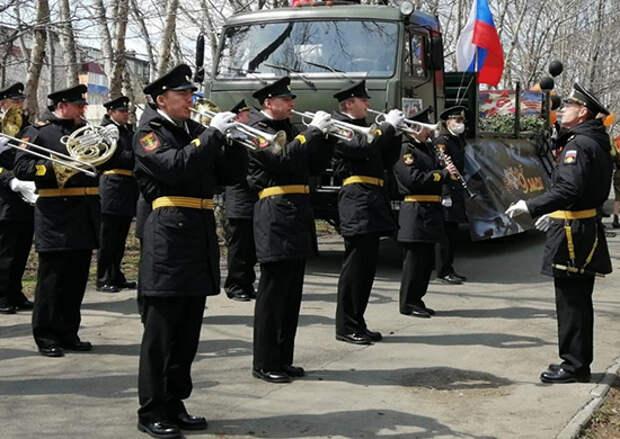 Военнослужащие ТОФ поздравят с Днем Победы около 20 ветеранов  Великой Отечественной войны и тружеников тыла, проживающих на Камчатк