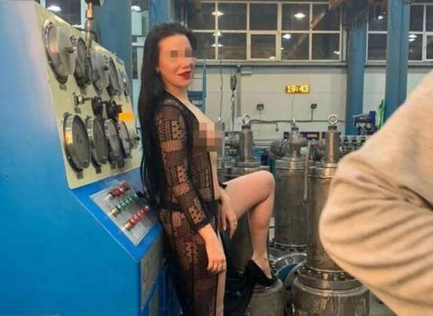 В Башкирии модели будут судиться из-за слива эротических снимков с арматурного завода (3 фото + 2 видео)
