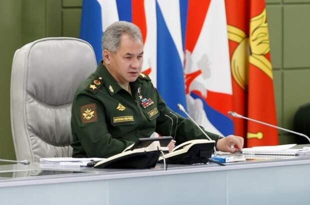 Шойгу провел переговоры с министром обороны Армении Арутюняном