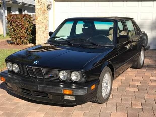 С бампера воду не пить: продается старая «пятерка» BMW с секретом