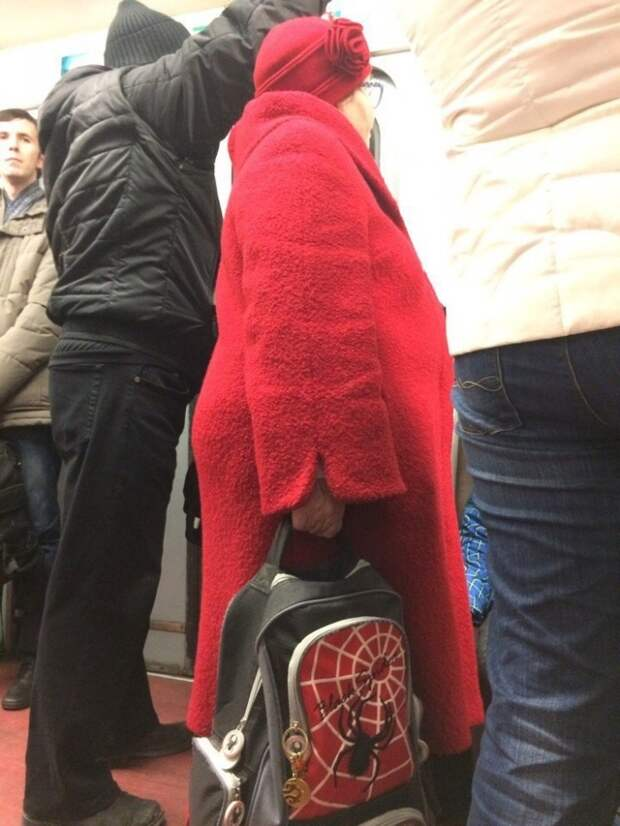 Модники из российского метрополитена (32 фото)
