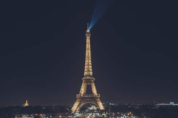 Стало известно, когда Эйфелева башня вновь откроется для посетителей