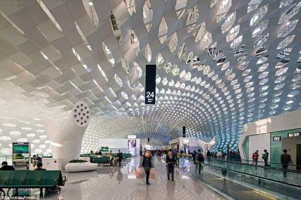 Самые красивые терминалы мира