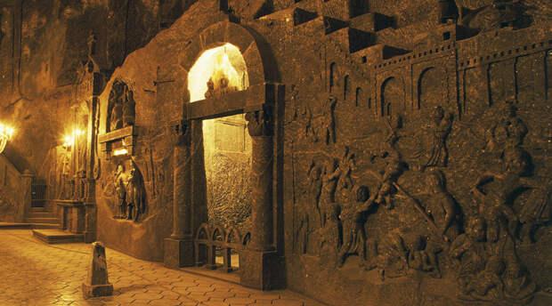Древние города, выкопанные под землей
