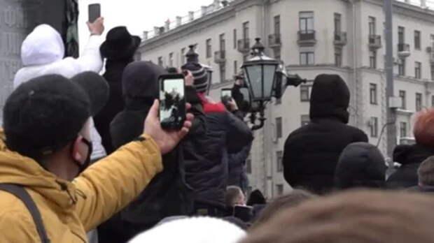 Лондон потребует наказать Россию за неповиновение митингующим. Русские ответили двумя словами
