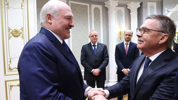У Белоруссии отобрали чемпионат мира, не помогла даже дружба с Фазелем. По Лукашенко ударили спонсоры из Европы