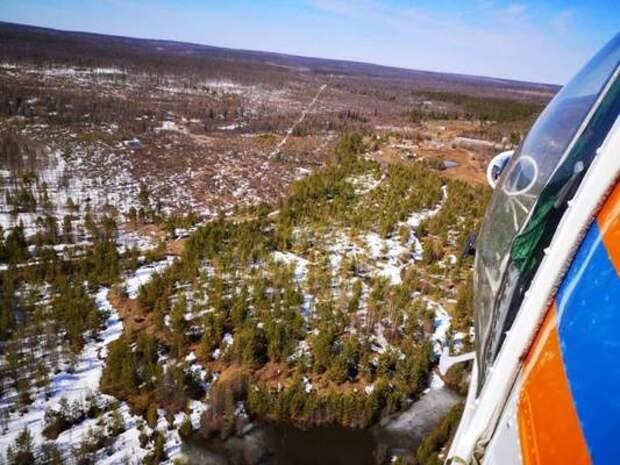 Чуть больше 200 км разделяют ледоход и границу Якутии