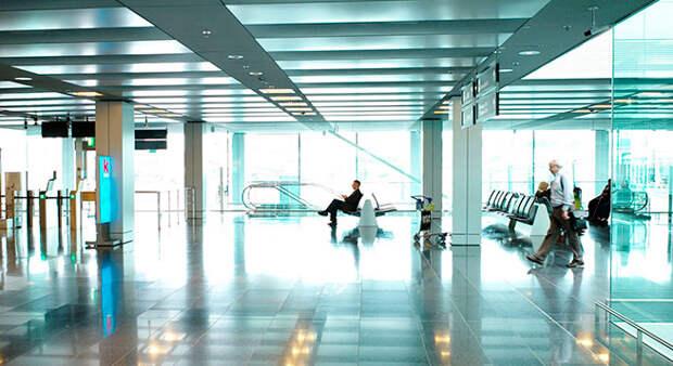 Пассажиры смогут требовать с авиакомпаний до 332 000 рублей за задержку рейса