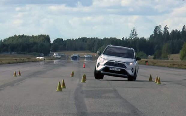 Новый Toyota RAV4 — первая неудача на тесте