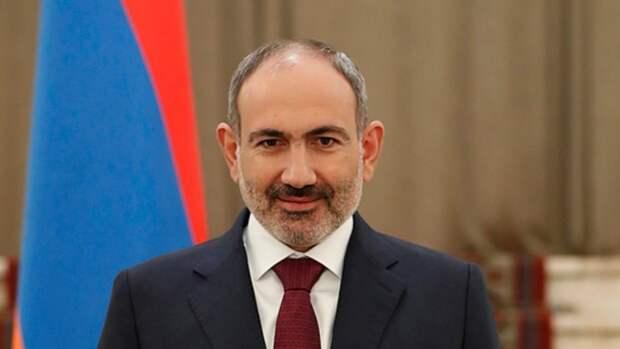 Пашинян: Армения готова выполнять трехсторонние договоренности по Нагорному Карабаху