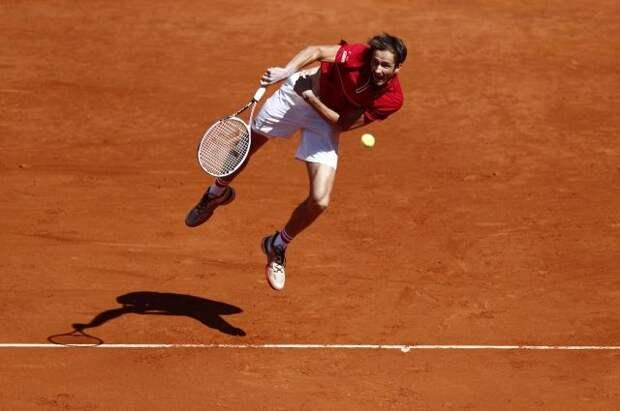 Теннисист Медведев поднялся на второе место в рейтинге АТР