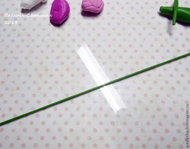 Миниатюрный букетик тюльпанов из полимерной глины