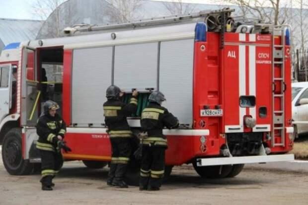 При пожаре в кемеровском общежитии погиб один человек