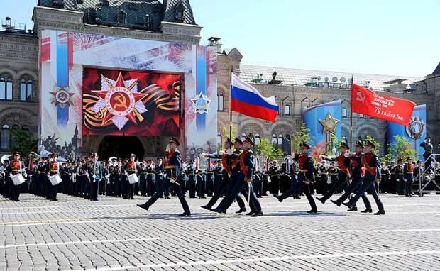 Владимир Путин будет смотреть на парад Победы в Москве с трибуны
