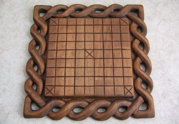 Хнефатафл — скандинавская настольная игра