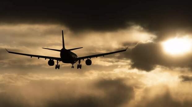 Три самолёта экстренно сели в аэропорту Волгограда
