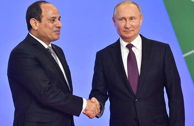 Президенты РФ и Египта договорились полностью восстановить авиасообщение